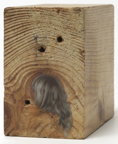 Lee Edwards 'In the morning' oil on wood 6.7×4.3×8.3cm, 2011, photo by Andy Keate
